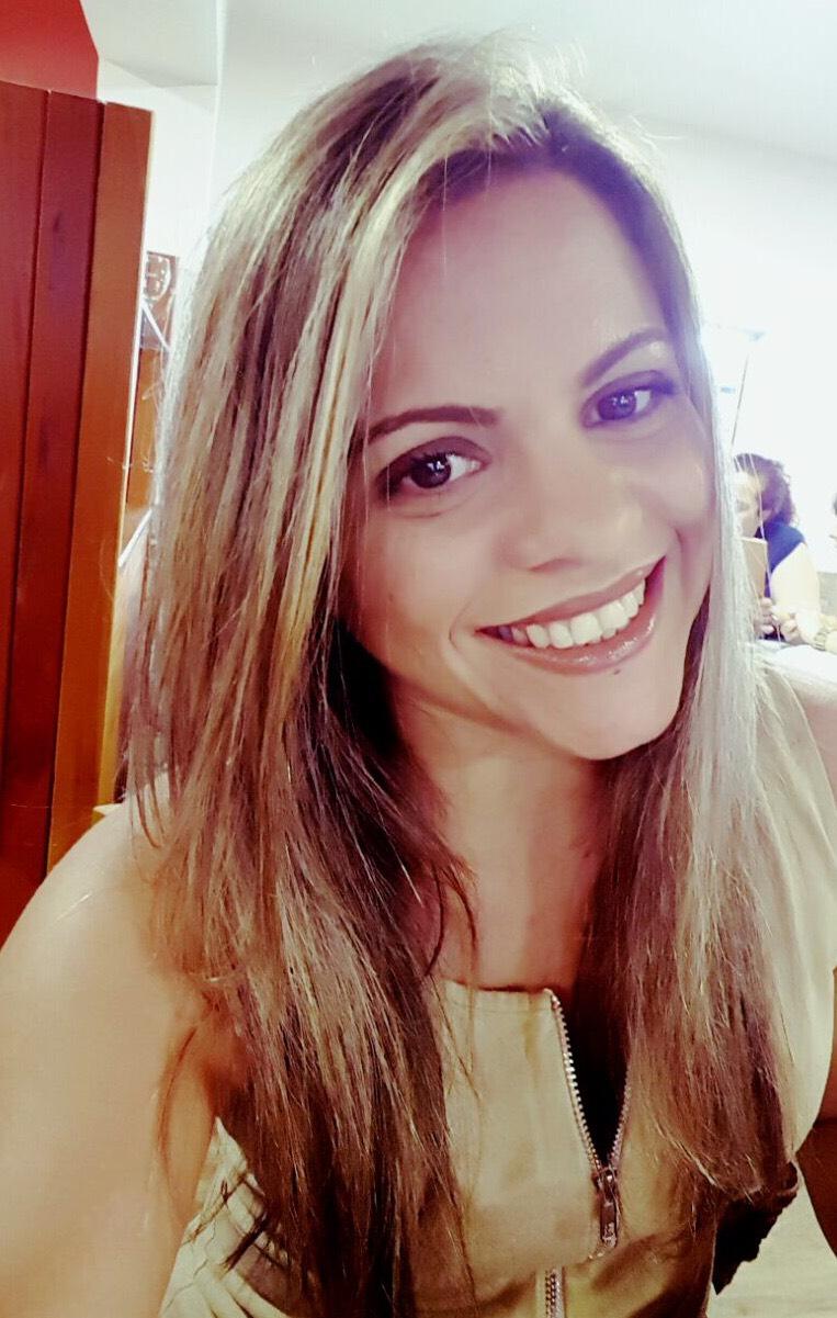 Rosane Mendes, Analista de Sistemas.