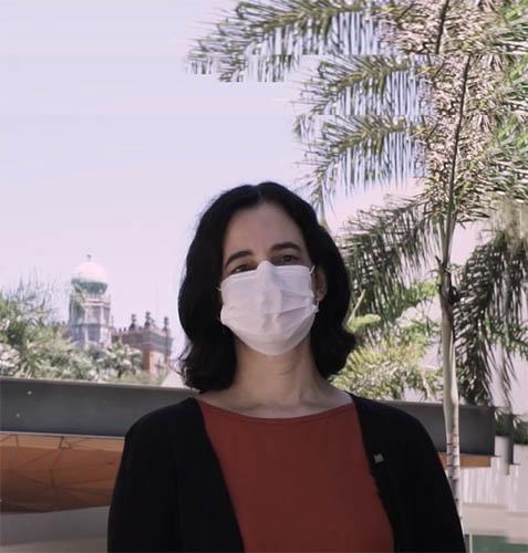 """Mulheres na saúde global: """"ainda há muitas injustiças e muito a se fazer"""", aponta pesquisadora"""