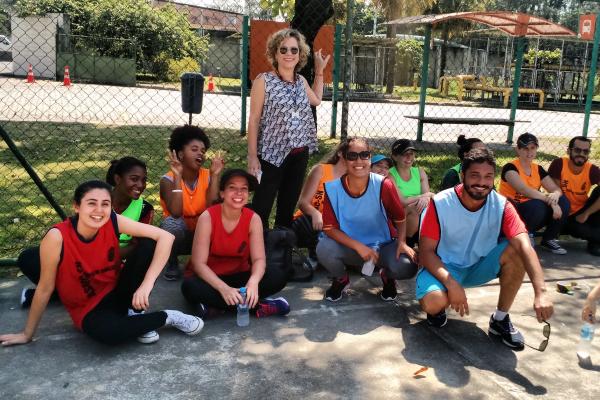Gincana do GT de Acolhimento reúne alunos brasileiros e estrangeiros em manhã de atividades na Fiocruz