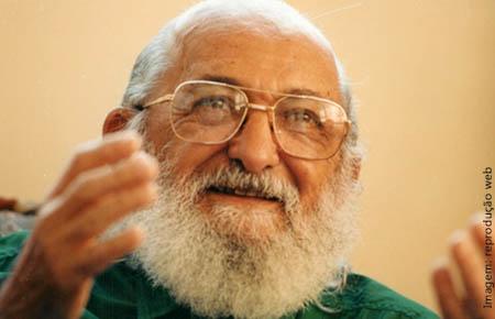 Fiocruz celebrará os 100 anos de Paulo Freire com encontro virtual*